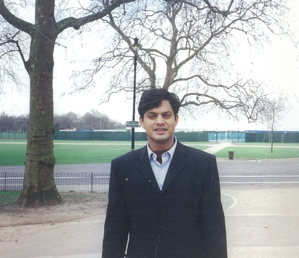 Photo of Shamnad in a blazer, during his Oxford days